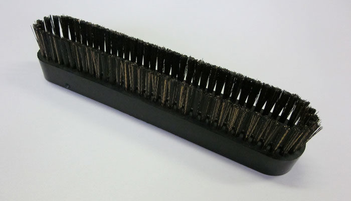 Replacement bristle insert